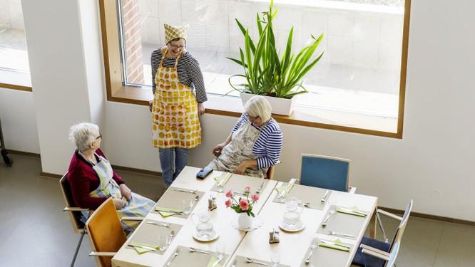 Dân số Phần Lan đang già hóa, bởi vậy người trong độ tuổi đóng thuế ít đi (Ảnh: FT)