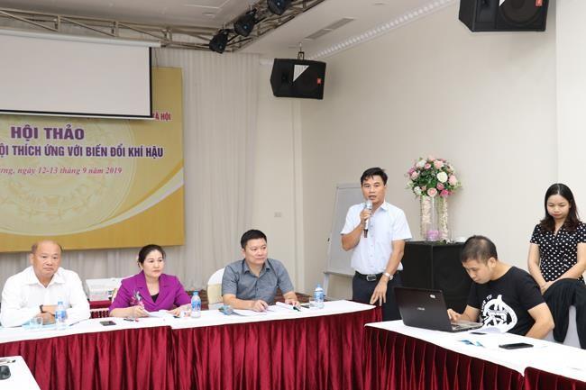 PGS.TS Bùi Thế Đồi, Phó Hiệu trưởng Trường ĐH Lâm nghiệp, phát biểu tại hội thảo (Ảnh: Khánh Duy)