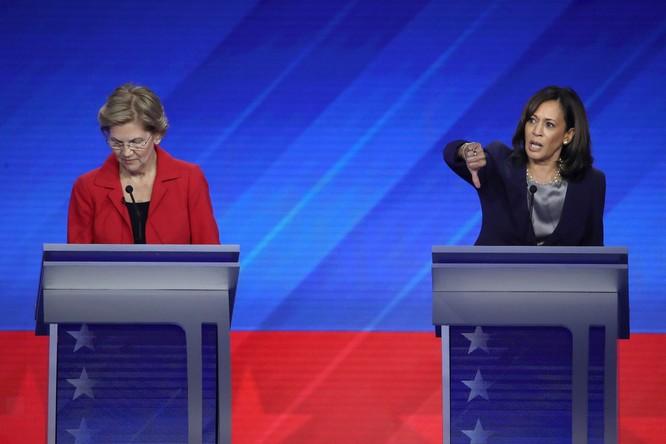 Các ứng viên tranh cãi gay gắt về chính sách chăm sóc y tế của nước Mỹ (Ảnh: WSJ)