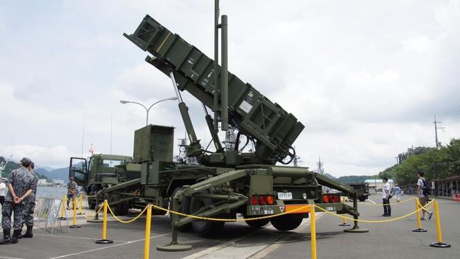 Tổ hợp phòng không Patriot vốn chỉ hữu hiệu khi chống tên lửa đạn đạo bay tầm cao (Ảnh: National Interest)