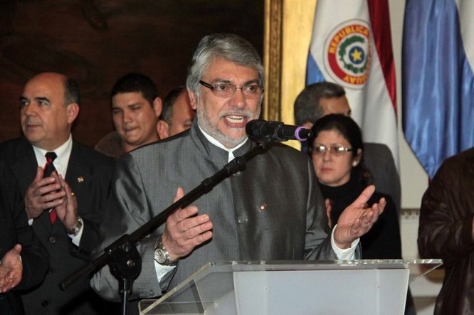 Tổng thống Paraguay Fernando Lugo (Ảnh: AFP)