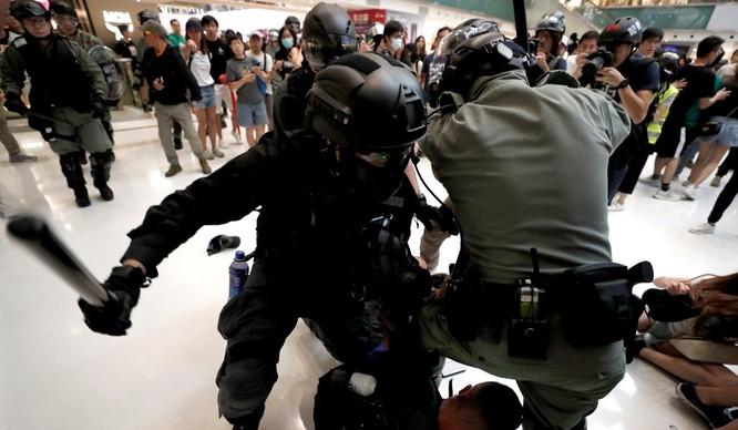 Chính quyền Bắc Kinh ám chỉ rằng đã đến lúc chấm dứt tình trạng biểu tình ở Hong Kong (Ảnh: SCMP)