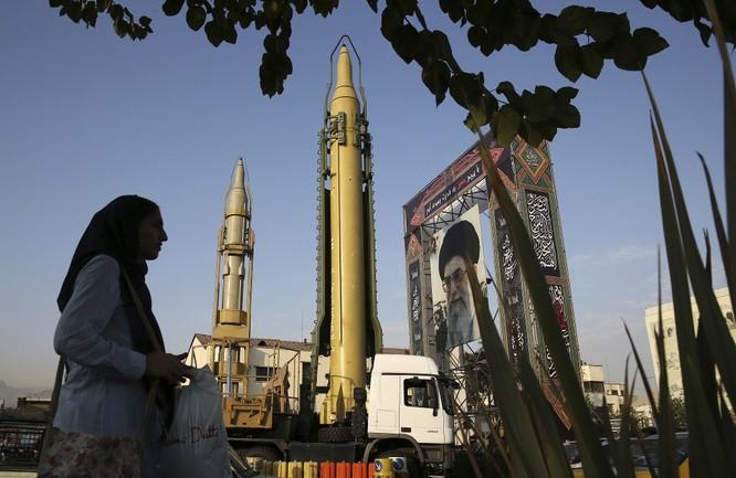 Iran tung ra nhiều lời đe dọa đáp lại các động thái cứng rắn của Israel (Ảnh: AFP)