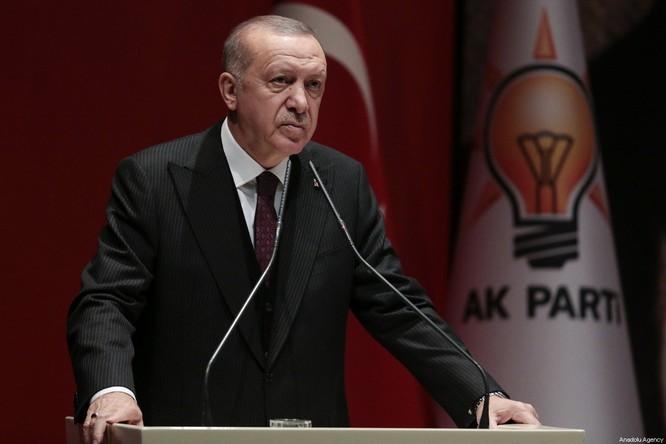 Tổng thống Thổ Nhĩ Kỳ Recep Tayyip Erdogan đe dọa tăng cường chiến dịch quân sự ở Syria (Ảnh: Middle East Monitor)