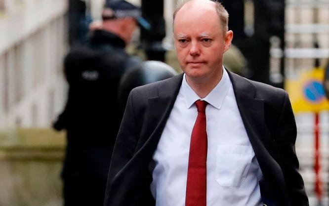 Trưởng cố vấn y tế của chính phủ Anh Chris Whitty (Ảnh: Telegraph)