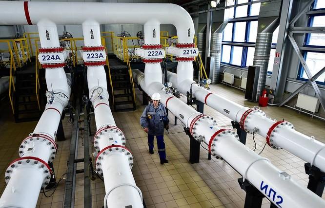 Trong tháng 3, Trung Quốc giảm lượng dầu nhập từ Arab Saudi, trong khi tăng mạnh nhập khẩu dầu mỏ từ Nga (Ảnh: TASS)