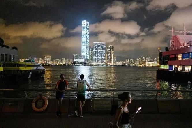 Hong Kong sẽ bị Mỹ tước bỏ hiện trạng đặc biệt không chỉ trong thương mại mà nhiều lĩnh vực khác (Ảnh: Newsweek)