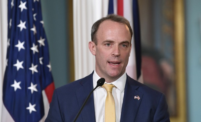Ngoại trưởng Anh Dominic Raab muốn lập một liên minh quốc tế để phản ứng trước vấn đề Hong Kong (Ảnh: Sputnik)