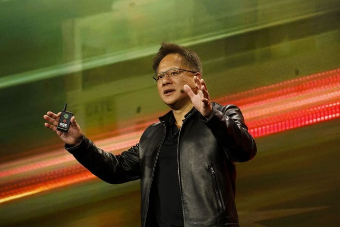 CEO Jensen Huang đóng góp không nhỏ cho sự thành công của Nvidia (Ảnh: Bloomberg)