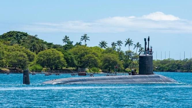 Tàu ngầm USS Missouri lớp Virginia rời xưởng tàu Trân Châu Cảng ngày 10/5 (Ảnh: US Navy)