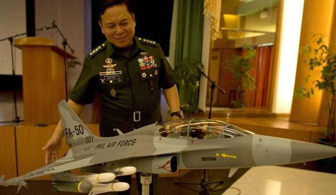"""Cựu tướng Philippines: """"Trung Quốc sẽ chiếm Philippines nếu xảy ra chiến tranh với Mỹ"""" ảnh 1"""