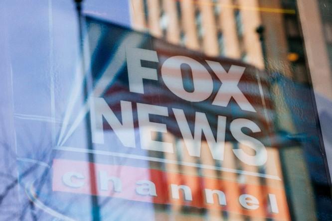 """CNN: """"Cuộc hôn nhân"""" giữa Trump và Fox News sắp đổ bể? ảnh 3"""