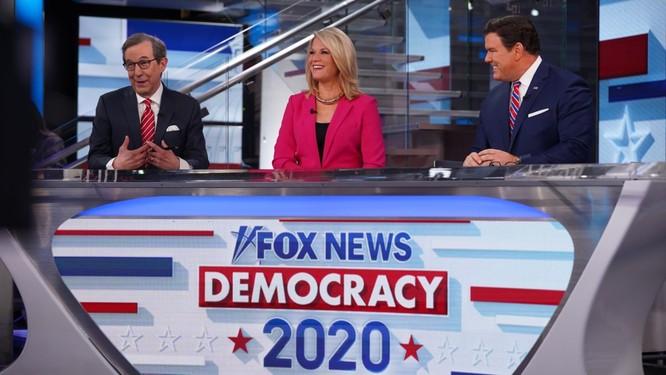 """CNN: """"Cuộc hôn nhân"""" giữa Trump và Fox News sắp đổ bể? ảnh 2"""