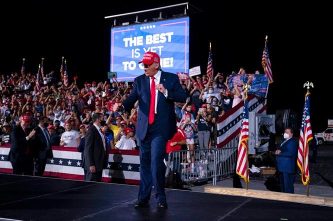 Sau cánh cửa kín: TT Trump bí mật lên kế hoạch tái tranh cử 2024 ảnh 1