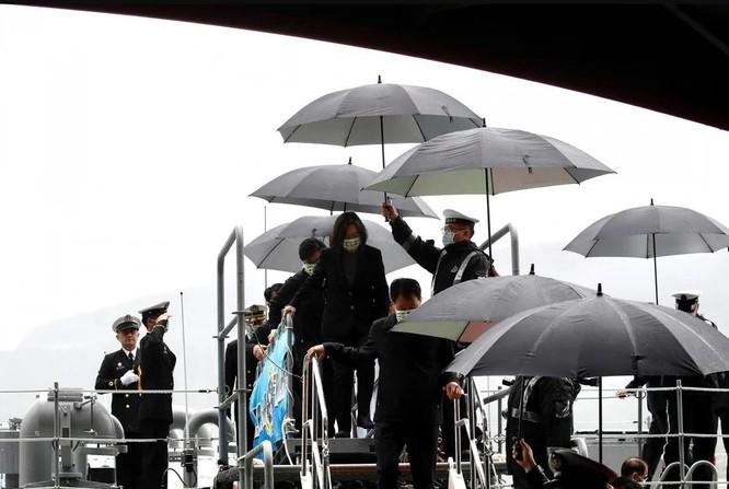 """""""Sát thủ diệt hạm"""" giúp Đài Loan hạ gục hàng không mẫu hạm Trung Quốc ảnh 1"""