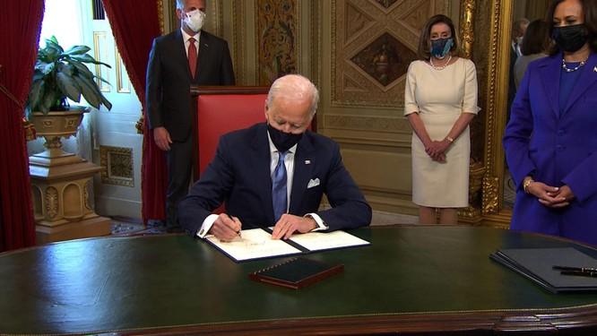Ông Joe Biden tuyên thệ nhậm chức Tổng thống Mỹ ảnh 9