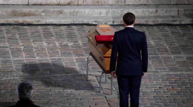 Thảm kịch thày giáo Pháp bị chặt đầu: Bắt nguồn từ một lời nói dối! ảnh 1