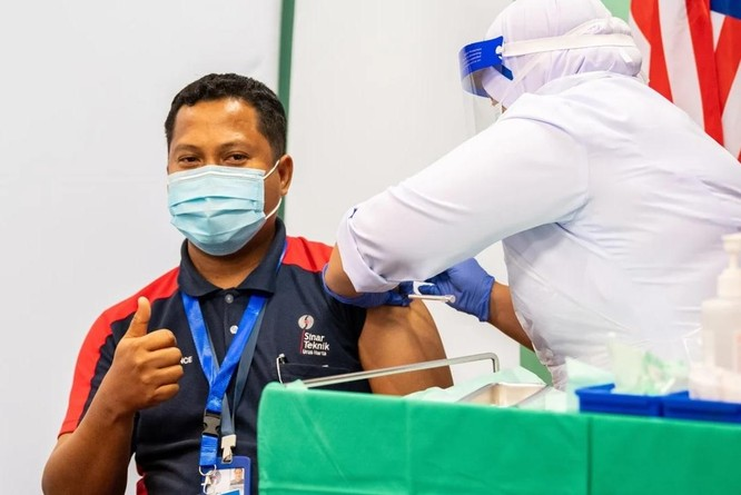Điều gì ẩn sau những thỏa thuận vaccine của Trung Quốc ở Đông Nam Á và Trung Đông? ảnh 1