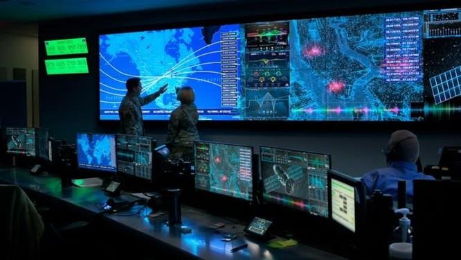 """Cánh tay robot của Trung Quốc có thể """"tóm"""" các vệ tinh của Mỹ ảnh 1"""