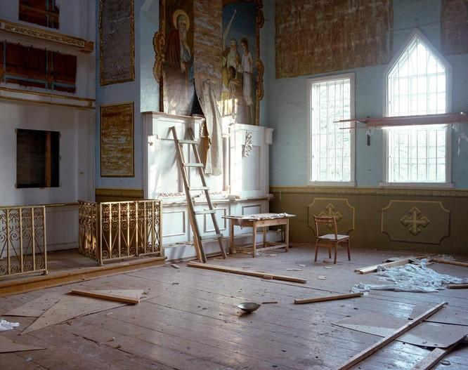 """Những bức ảnh chụp cảnh tượng bên trong """"Thành phố chết Chernobyl"""" ảnh 2"""
