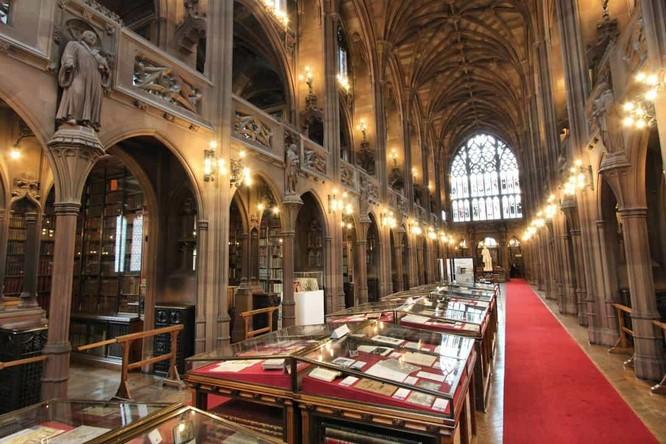 Những thư viện hào nhoáng nhất thế giới khiến bạn không thể rời mắt ảnh 12