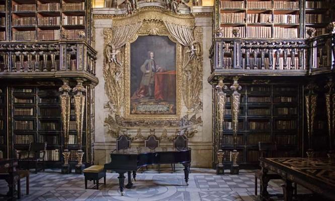 Những thư viện hào nhoáng nhất thế giới khiến bạn không thể rời mắt ảnh 1