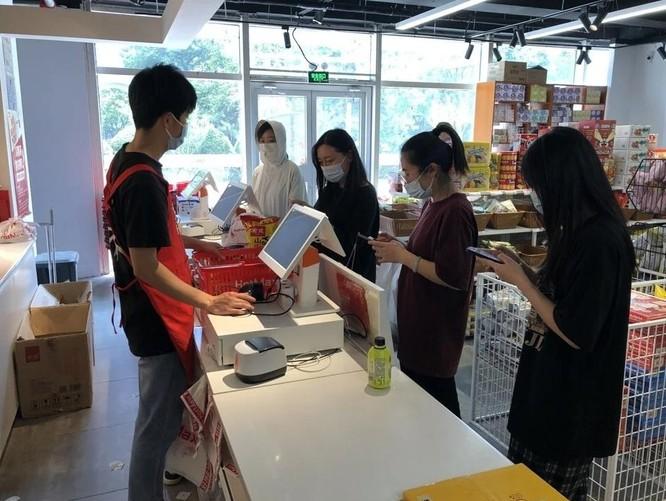 """Xu hướng mua đồ ăn sắp """"hết đát"""" nở rộ ở Trung Quốc ảnh 2"""