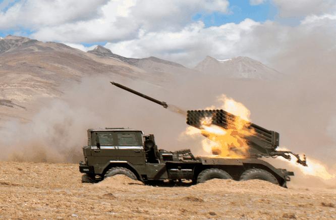 Trung Quốc triển khai hàng loạt vũ khí tối tân tới khu vực tranh chấp với Ấn Độ ảnh 1