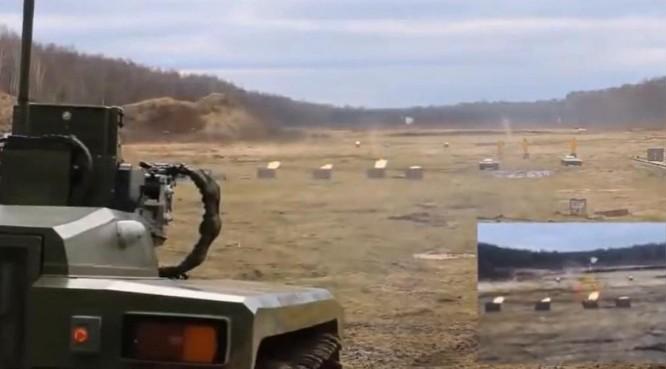 """Nga công bố video thử nghiệm nguyên bản """"robot sát thủ"""" ngoài đời thực ảnh 1"""