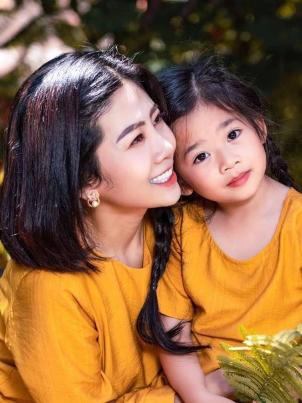 Diễn viên Mai Phương và con gái Lavie