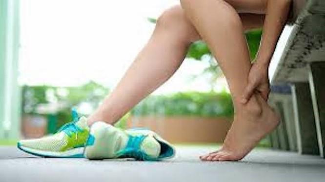 Giảm cân nhanh chóng hiệu quả với 30 phút chạy bộ mỗi ngày ảnh 1