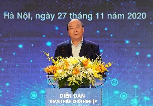 Thủ tướng Nguyễn Xuân Phúc: Chính phủ cam kết bảo hộ 'tài sản vô giá' cho khởi nghiệp ảnh 1