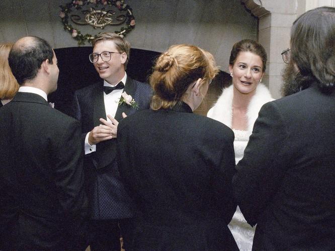 Nhìn lại cuộc hôn nhân 27 năm của vợ chồng Bill Gates ảnh 2