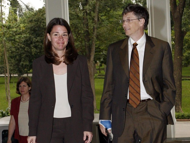 Nhìn lại cuộc hôn nhân 27 năm của vợ chồng Bill Gates ảnh 1