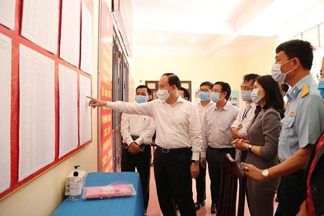COVID-19 diễn biến phức tạp, Thái Nguyên, Phú Thọ, Lào Cai tổ chức tiếp xúc cử tri trực tuyến ảnh 2