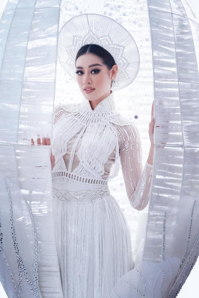 """Mang """"Kén Em"""" tới Miss Universe, Khánh Vân được cộng đồng mạng khen ngợi ảnh 5"""