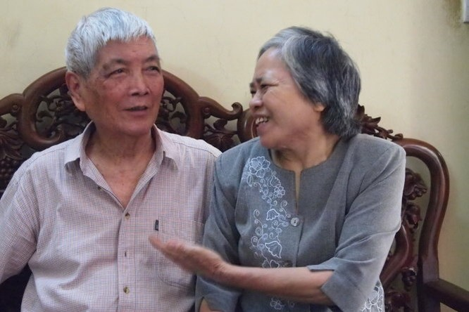 Vợ chồng nhà thơ Việt Phương