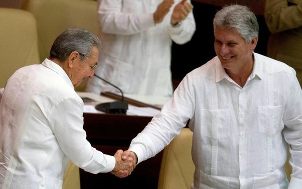 Ông Díaz-Canel chính thức nhậm chức chủ tịch Cuba ảnh 1