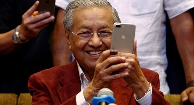 Malaysia của ông Mahathir Mohamad và nước Nga của ông Putin ảnh 1