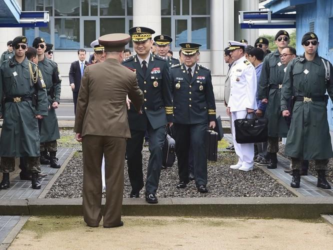 Triều Tiên và Hàn Quốc khôi phục hội đàm cấp tướng sau 11 năm ảnh 1