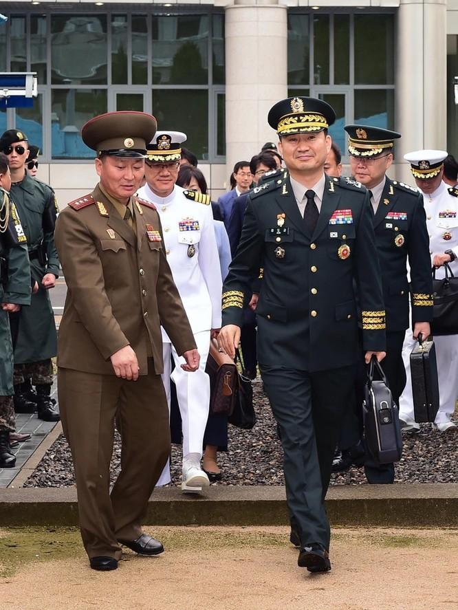 Triều Tiên và Hàn Quốc khôi phục hội đàm cấp tướng sau 11 năm ảnh 4