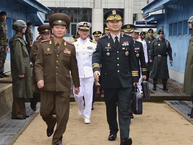 Triều Tiên và Hàn Quốc khôi phục hội đàm cấp tướng sau 11 năm ảnh 5