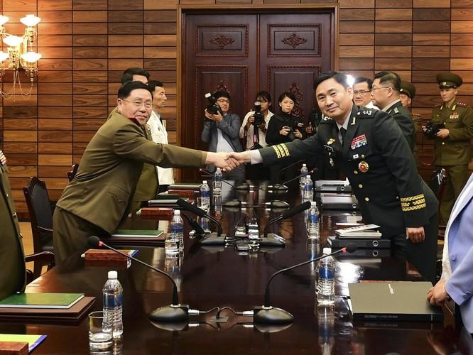 Triều Tiên và Hàn Quốc khôi phục hội đàm cấp tướng sau 11 năm ảnh 6