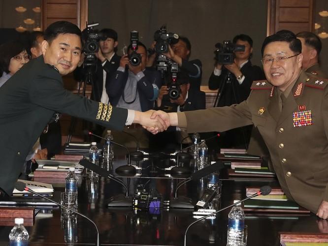 Triều Tiên và Hàn Quốc khôi phục hội đàm cấp tướng sau 11 năm ảnh 7