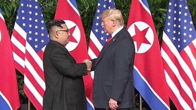 Bài 1: Kim Jong Un đã trở thành nhân vật nổi bật trên bàn cờ chính trị thế giới