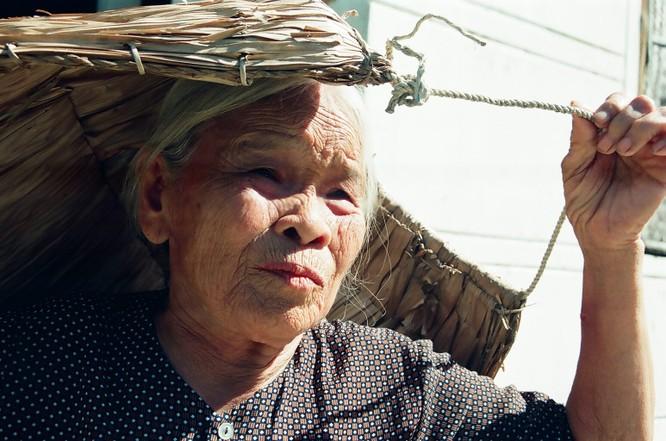 Mẹ - nguồn cảm hứng bất tận trong sáng tác của Trần Hồng ảnh 9