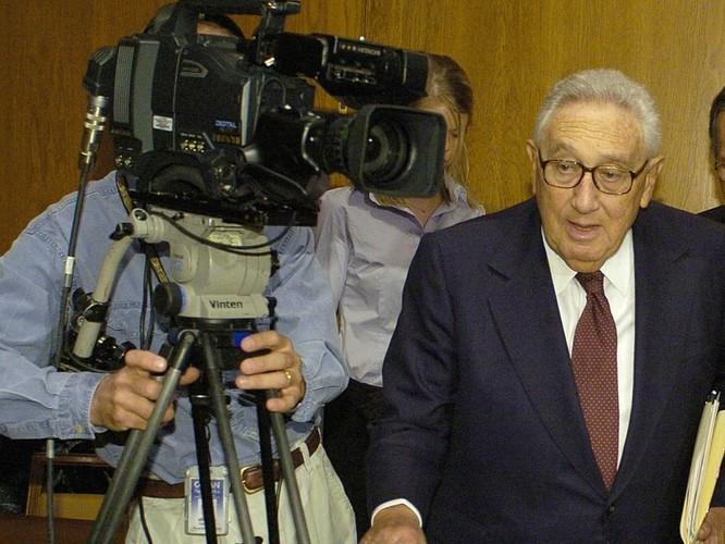 """Bị """"Người bạn lớn"""" Kissinger """"quay lưng trở mặt"""", Trung Quốc điên đầu ảnh 2"""