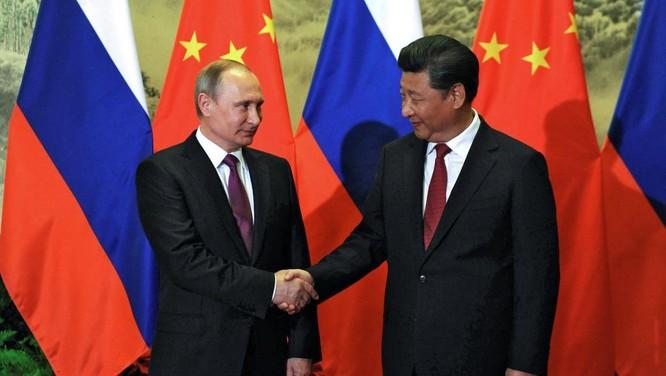 """Tức giận trước thái độ """"ngạo mạn"""" của Mỹ và châu Âu, nhưng luôn lo ngại trước sự bành trướng của Trung Quốc ảnh 4"""