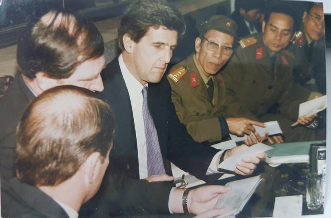 Thượng nghị sĩ John McCain và duyên nợ với Việt Nam ảnh 5