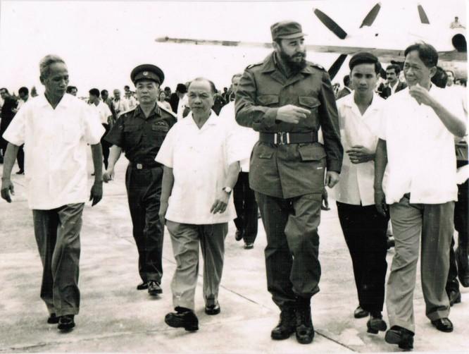 """Bài 2: Fidel Castro: """"Dân tộc Việt Nam là tấm gương phi thường nhất về chủ nghĩa anh hùng"""" ảnh 1"""